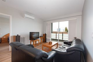 """Photo 2: 307 4289 HASTINGS Street in Burnaby: Vancouver Heights Condo for sale in """"Modena"""" (Burnaby North)  : MLS®# R2358636"""