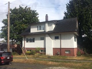 Photo 2: 2205 GRAVELEY Street in Vancouver: Grandview Woodland House for sale (Vancouver East)  : MLS®# R2404447