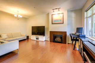 """Photo 5: 90 6878 SOUTHPOINT Drive in Burnaby: South Slope Townhouse for sale in """"CORTINA"""" (Burnaby South)  : MLS®# R2480680"""