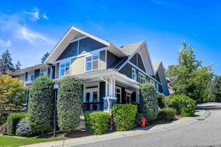 """Photo 1: 90 6878 SOUTHPOINT Drive in Burnaby: South Slope Townhouse for sale in """"CORTINA"""" (Burnaby South)  : MLS®# R2480680"""