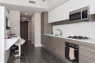 """Photo 5: 3409 2008 ROSSER Avenue in Burnaby: Brentwood Park Condo for sale in """"SOLO DISTRICT - STRATUS"""" (Burnaby North)  : MLS®# R2411300"""