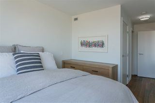 """Photo 8: 1807 188 KEEFER Street in Vancouver: Downtown VE Condo for sale in """"188 Keefer"""" (Vancouver East)  : MLS®# R2453086"""