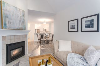 "Photo 5: 404 2755 MAPLE Street in Vancouver: Kitsilano Condo for sale in ""Davenport Lane"" (Vancouver West)  : MLS®# R2428313"