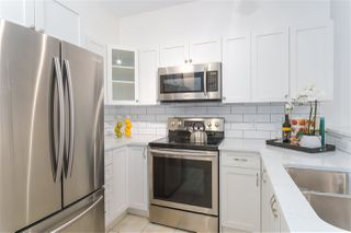 "Photo 13: 404 2755 MAPLE Street in Vancouver: Kitsilano Condo for sale in ""Davenport Lane"" (Vancouver West)  : MLS®# R2428313"