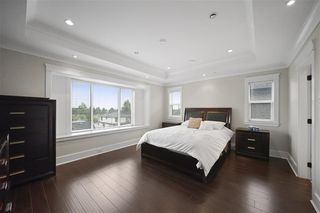 "Photo 14: 1536 E 63RD Avenue in Vancouver: Fraserview VE House for sale in ""FRASERVIEW"" (Vancouver East)  : MLS®# R2487666"