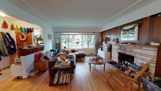 Photo 2: 6031 CULLODEN Street in Vancouver: South Vancouver House for sale (Vancouver East)  : MLS®# R2528087
