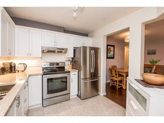 """Photo 10: 123 19750 64 Avenue in Langley: Willoughby Heights Condo for sale in """"The Davenport"""" : MLS®# R2144269"""