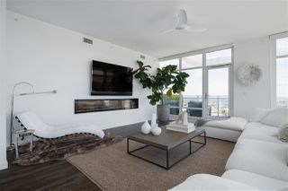 """Photo 2: 4802 4485 SKYLINE Drive in Burnaby: Brentwood Park Condo for sale in """"SOLO II"""" (Burnaby North)  : MLS®# R2470748"""