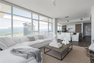"""Photo 3: 4802 4485 SKYLINE Drive in Burnaby: Brentwood Park Condo for sale in """"SOLO II"""" (Burnaby North)  : MLS®# R2470748"""