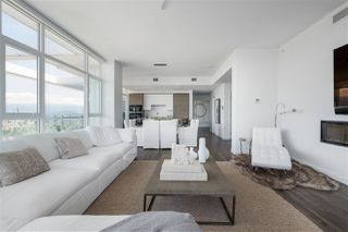 """Photo 4: 4802 4485 SKYLINE Drive in Burnaby: Brentwood Park Condo for sale in """"SOLO II"""" (Burnaby North)  : MLS®# R2470748"""