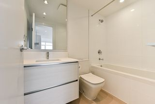 """Photo 16: 4908 4670 ASSEMBLY Way in Burnaby: Metrotown Condo for sale in """"STATION SQUARE 2"""" (Burnaby South)  : MLS®# R2346789"""
