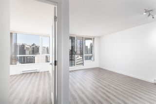 """Photo 7: 1101 1212 HOWE Street in Vancouver: Downtown VW Condo for sale in """"1212 HOWE"""" (Vancouver West)  : MLS®# R2351549"""