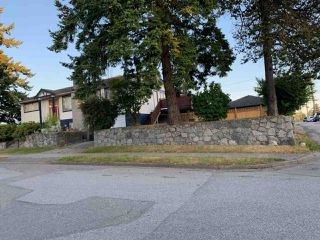 Photo 4: 1396 E 47TH Avenue in Vancouver: Knight House for sale (Vancouver East)  : MLS®# R2387136