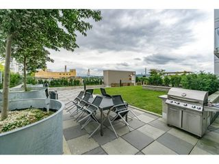"""Photo 18: 712 668 COLUMBIA Street in New Westminster: Quay Condo for sale in """"TRAPP AND HOLBROOK"""" : MLS®# R2178906"""