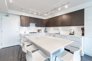"Photo 4: 903 188 AGNES Street in New Westminster: Downtown NW Condo for sale in ""Elliot street"" : MLS®# R2361082"