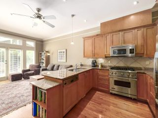 Photo 13: 2286 W 15TH Avenue in Vancouver: Kitsilano House 1/2 Duplex for sale (Vancouver West)  : MLS®# R2472604