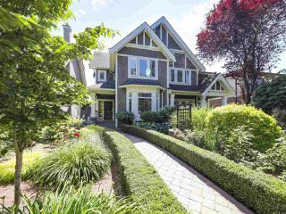 Photo 1: 2286 W 15TH Avenue in Vancouver: Kitsilano House 1/2 Duplex for sale (Vancouver West)  : MLS®# R2472604