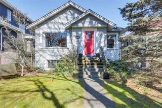 Photo 1: 4247 W 15TH Avenue in Vancouver: Point Grey House for sale (Vancouver West)  : MLS®# R2345805