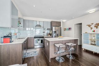 """Photo 13: 213 202 E 24TH Avenue in Vancouver: Main Condo for sale in """"Bluetree Homes on Main"""" (Vancouver East)  : MLS®# R2487814"""