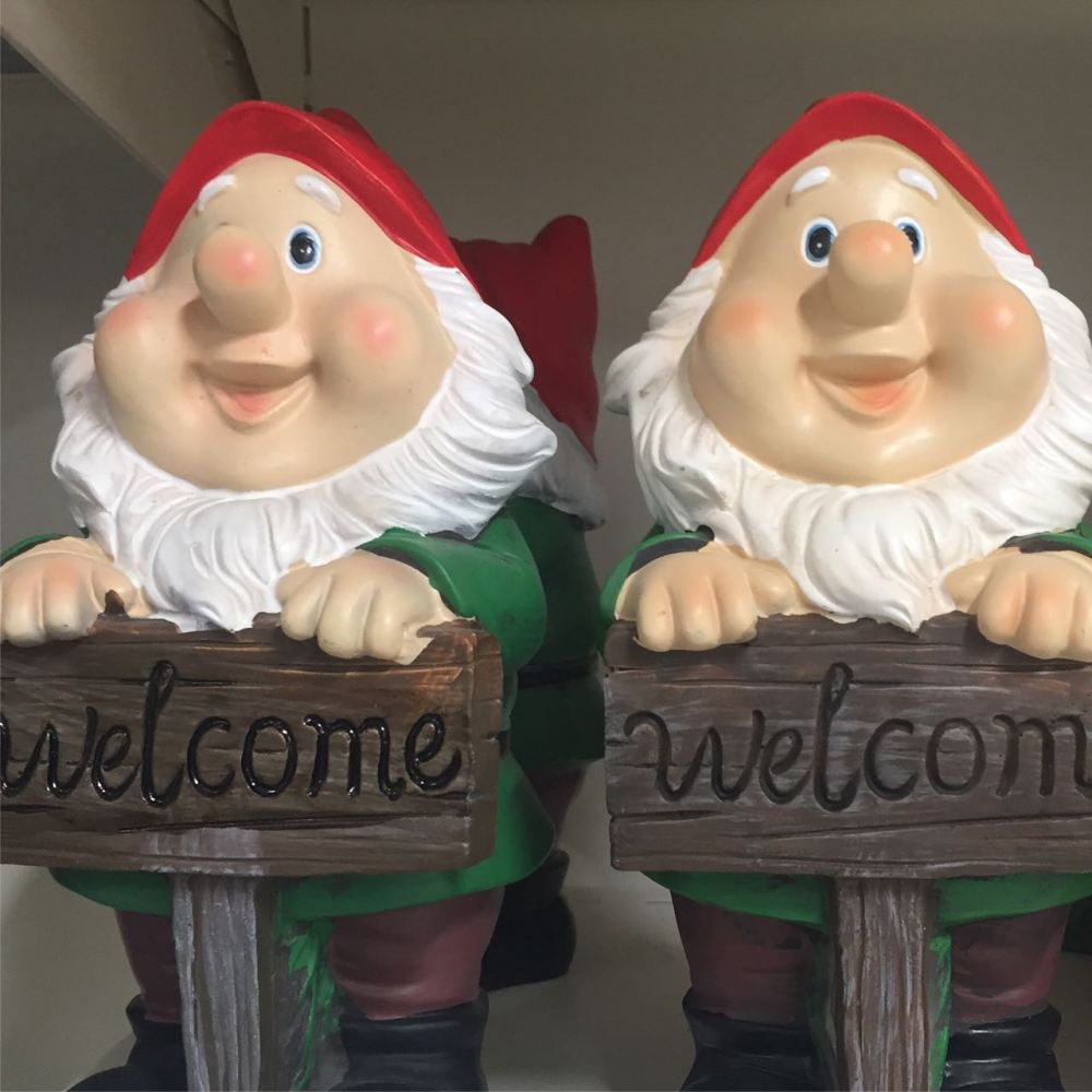 traditional-cheery-gnome