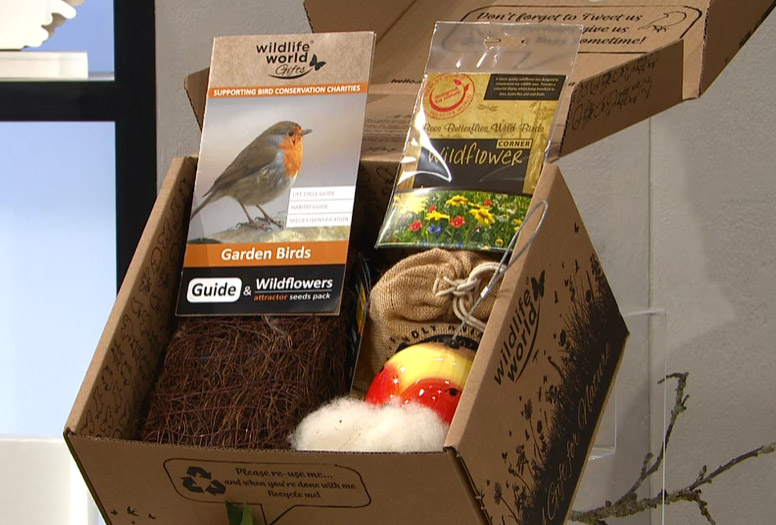Bird nest and feed hamper