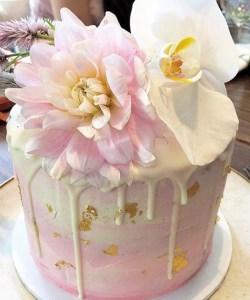 Dahlia cake
