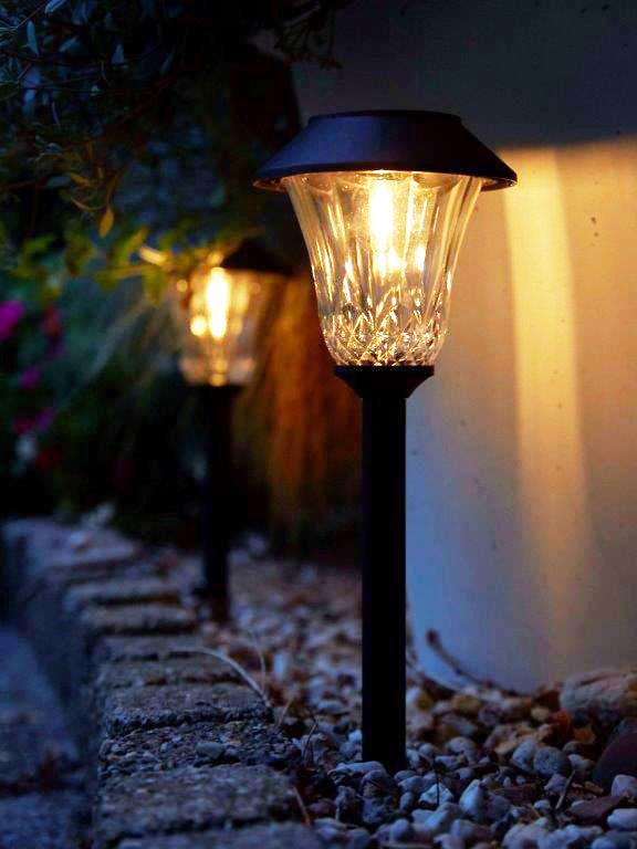 Luxform solar lights