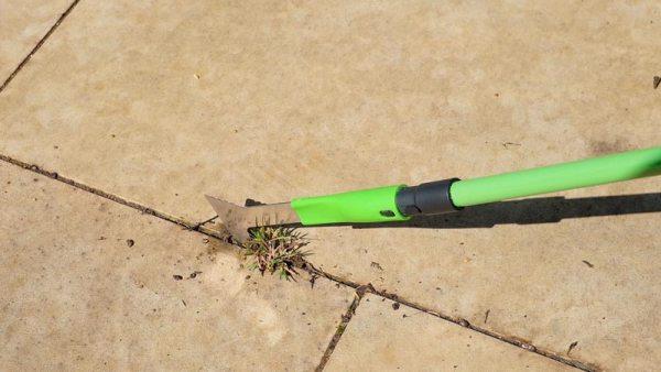 Multi-Functional 3-in-1 Garden Tool
