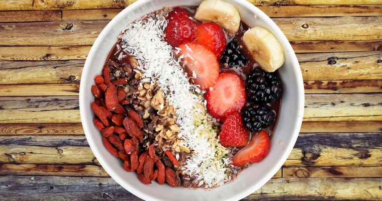 Recipe for Acai Bowl with Strawberries & Banana