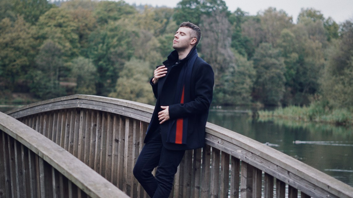 Forest of Dean. Wearing NEXT Navy Wool Rich Double Breasted Jacket, Black/White Striped Crew Jumper, Dark Ink Jeans and Apron Cleat Boots in Black. Also, The University Stripe Pure Wool Scarf from Aspinal of London and KRONABY SWEDEN connected watch. Blog by Skirmantas Petraitis.