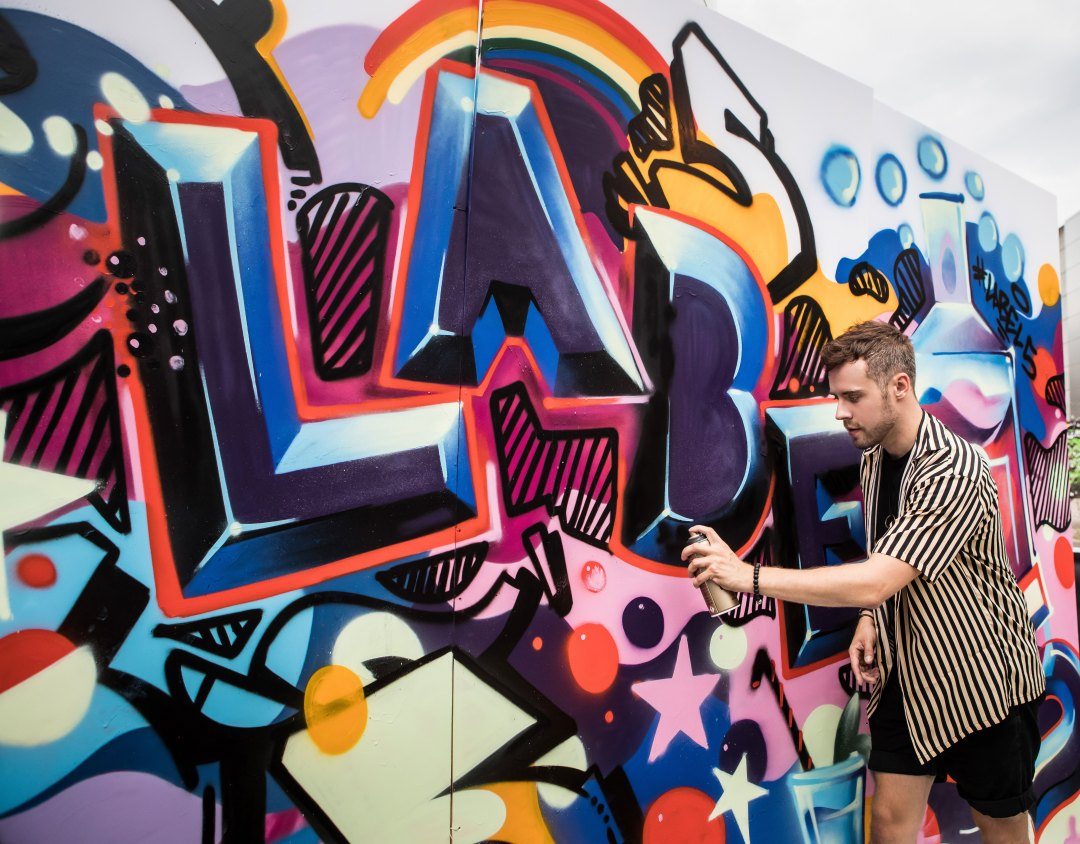 Label 5 Blended Scotch Whisky pop-up event at Boxpark Shoreditch with Graffiti Kings. Blog by Skirmantas Petraitis.