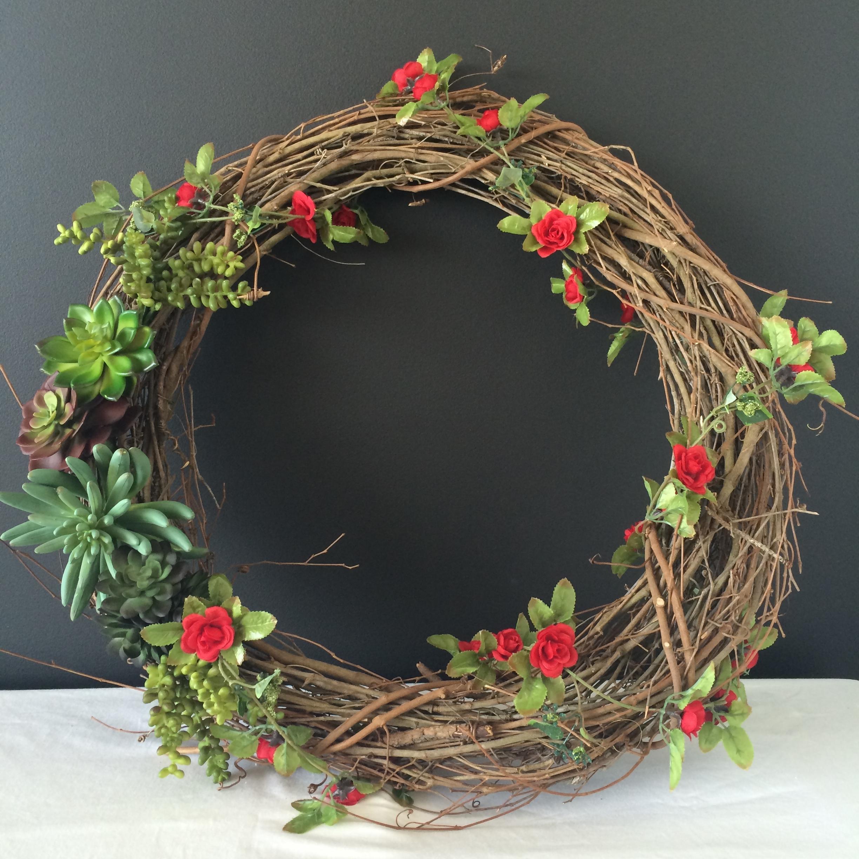 Succulent Wreath DIY   Mrs Amber Apple blog