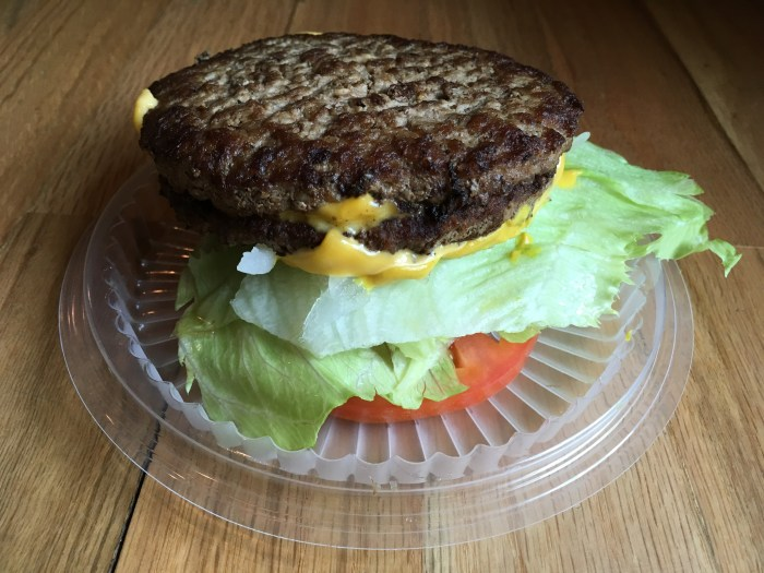 Jack in The Box Low Carb Keto Double Jack Burger.
