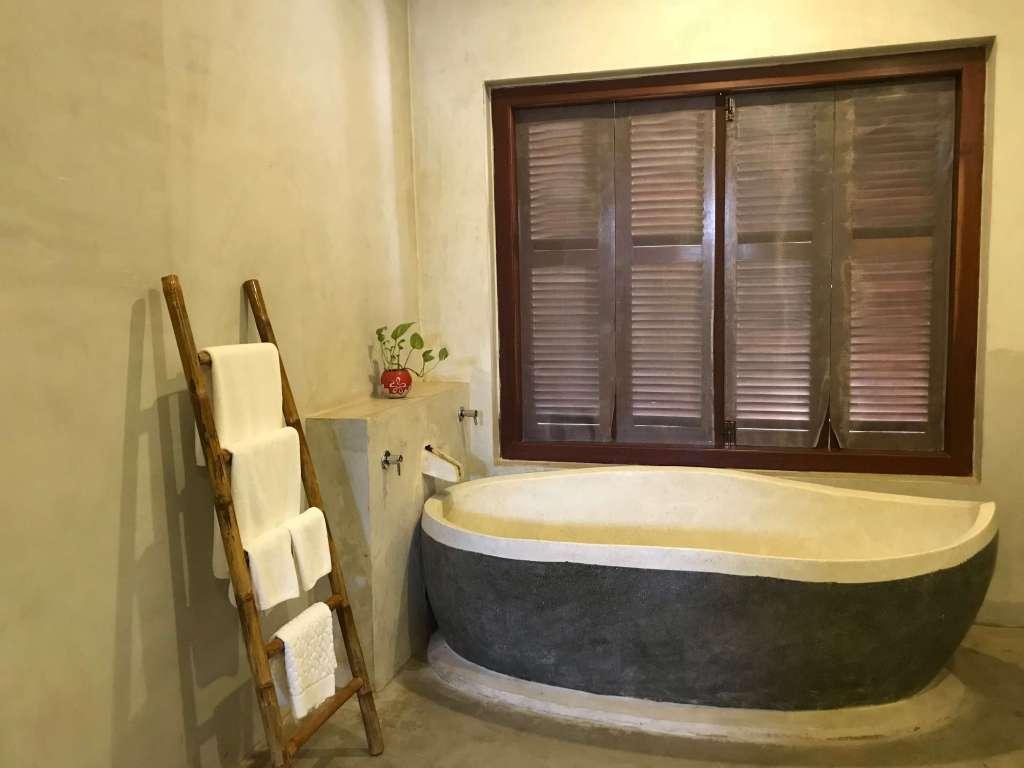 吳哥窟住宿 Charming Angkor Residence (Chez moi) 超大廁所