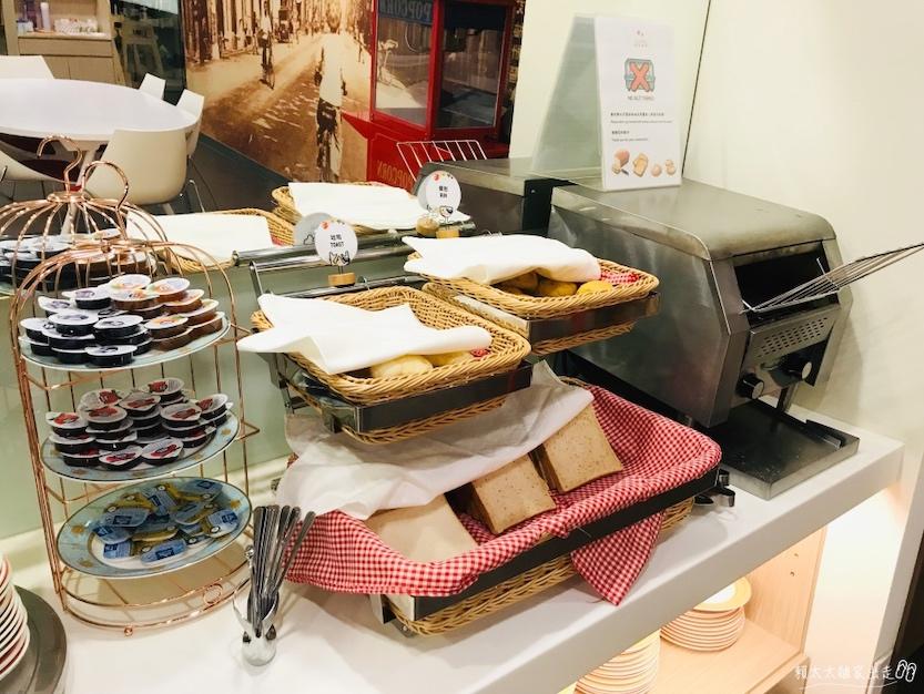 西悠飯店早餐的麵包