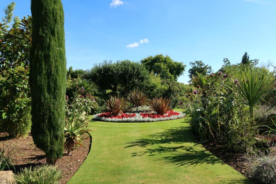 cotswold wildlife park gardens