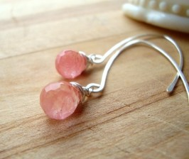 Minimalistic pink earrings