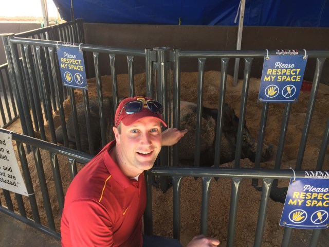 The hubby with Boris the Boar at the 2017 State Fair of Texas