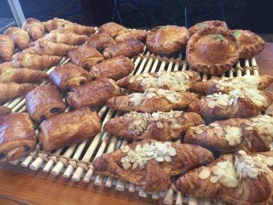 bond smolders pastries
