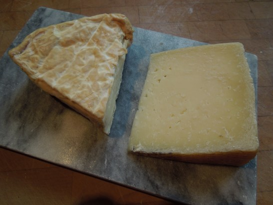 Image of White Lady and Manchego cheeses