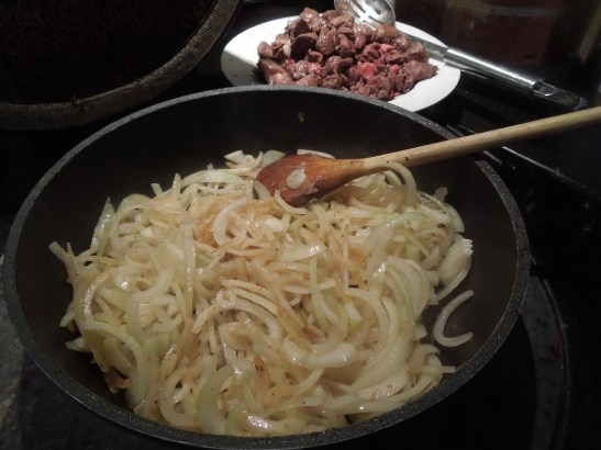 Image of onions frying