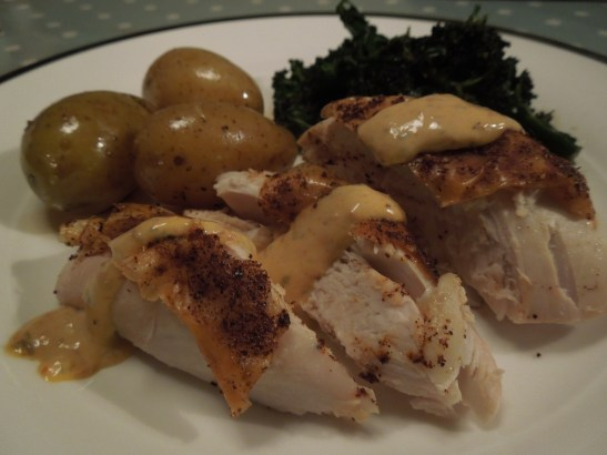 Image of chicken served with harissa mayo and veg