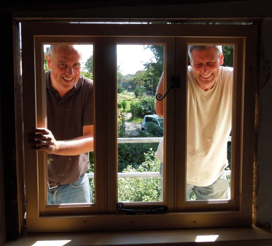 Image of builders James and Mick