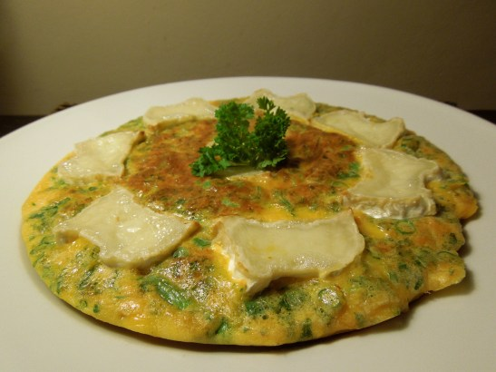 Image of goats' cheese frittata