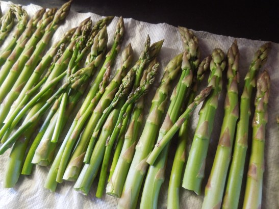 Image of washed asparagus