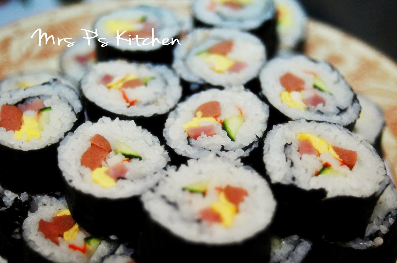 日式壽司卷 Sushi Roll   Mrs P's Kitchen