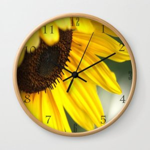 Cheerful Sunflower Bloom Clock