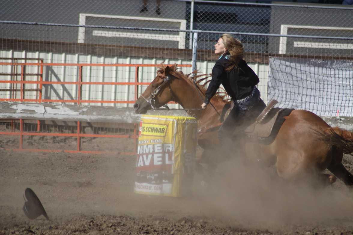 barrel racing rodeo 2048