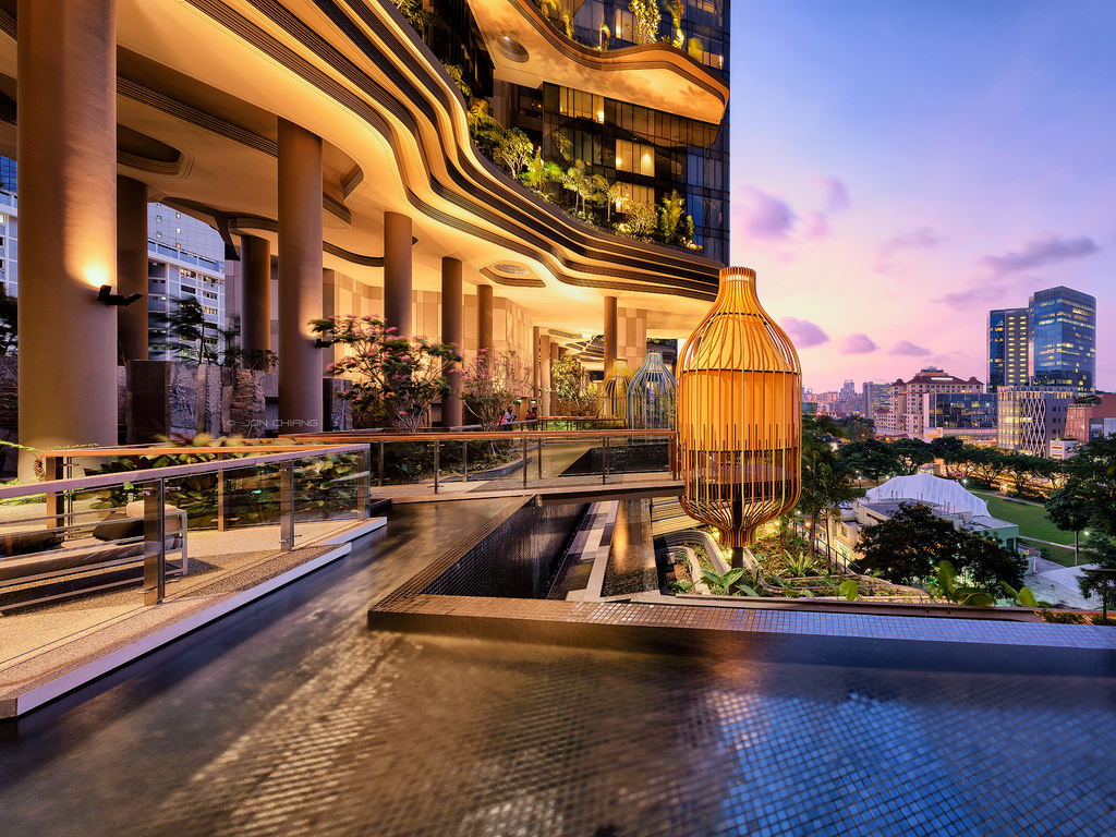 Oasis in the concrete jungle.. \'ParkRoyal On Pickering\' Singapore ...