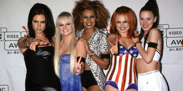 UNITED STATES - SEPTEMBER 04: The Spice Girls attending the 1997 MTV Video Music Awards, NYC. 09/04/1997 (Photo by Vinnie Zuffante/Getty Images)